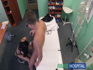 Секс видео онлайн бесплатно о том как врач трахает