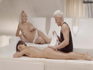 Порно массаж онлайн бесплатно без регистрации, где молодые лесби соблаз
